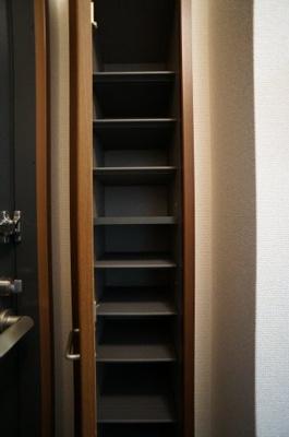 キッチンには2口ガスコンロ設置可能♪※参考写真1階の同タイプのお部屋の写真です。
