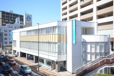 福岡銀行 三萩野支店まで400m