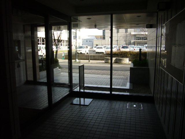 【エントランス】ダイアパレス東大通