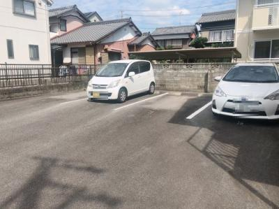 【駐車場】ベルハウス井田