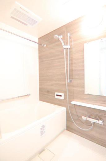 【浴室】クレストフォルム横浜関内