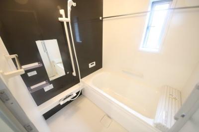 2号棟 落ち着いた空間のお風呂です