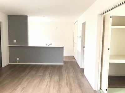 【居間・リビング】南甲子園2丁目新築戸建