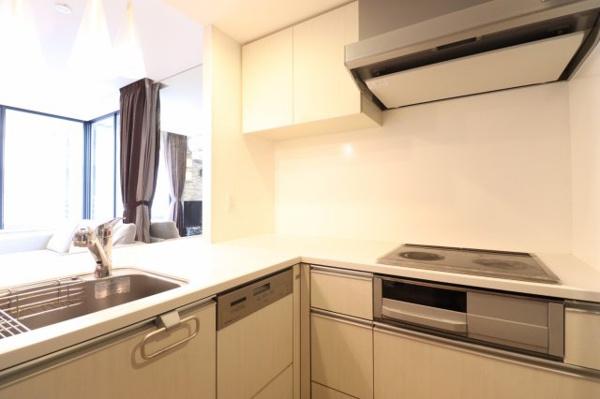 【キッチン】L字キッチンでお料理の効率もUP★キッチン収納も充実