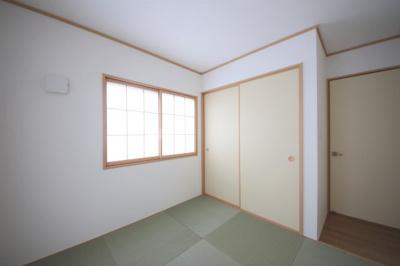 2号棟 5帖の和室スペース付き 二面採光で明るいお部屋 押し入れ収納◎