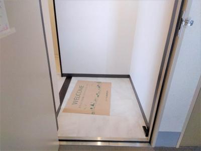 【玄関】シャトル光