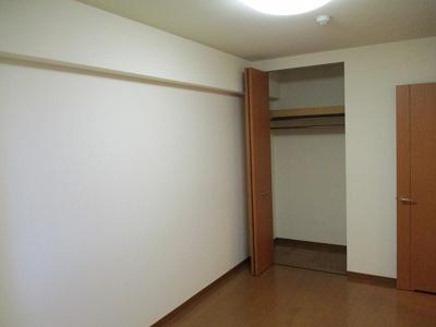 【洋室】アール・フォーレ戸畑駅東1番館(No.760)