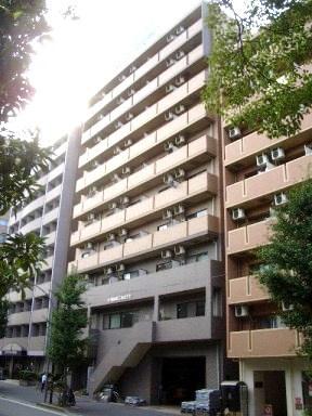 JR京浜東北・根岸線「関内」駅より徒歩10分のマンションです。
