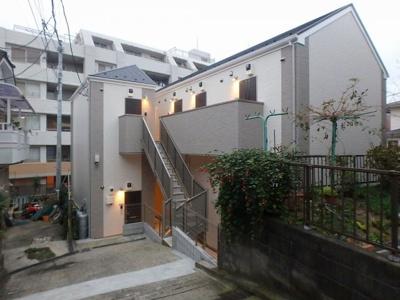 「礼金0円・敷金0円」で初期費用を抑えたい方におすすめのアパートです。
