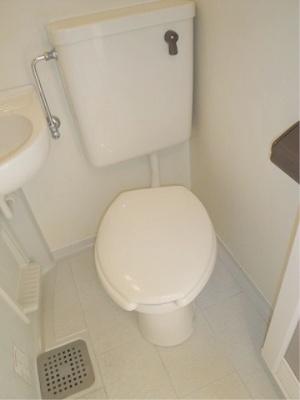 トイレも綺麗に清掃済み
