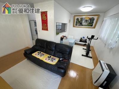 【居間・リビング】神戸市西区伊川谷町有瀬 平成24年築の戸建住宅