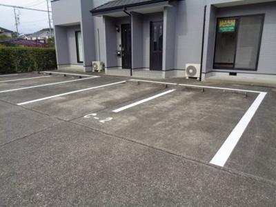【駐車場】テラスパリオ