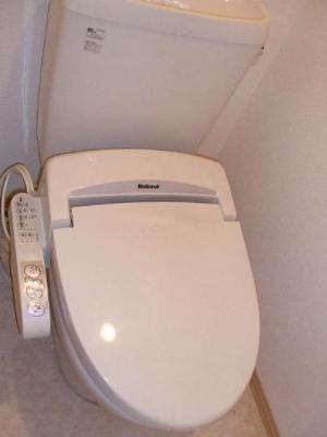 106 温水洗浄暖房便座