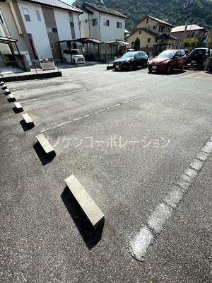 【駐車場】ヒルサイドテラスC棟
