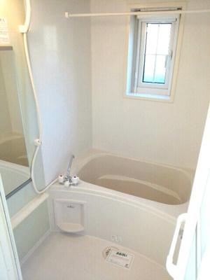 【浴室】サンファミールⅡA
