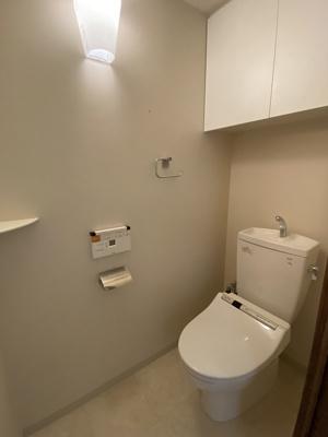 温水洗浄便座付トイレです