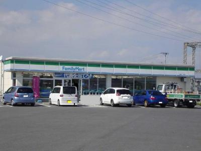 ファミリーマート鈴鹿一ノ宮店まで837m
