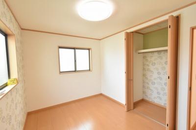 【洋室】北本市東間7丁目 中古一戸建て住宅