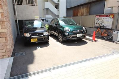 【駐車場】レオンコンフォート難波サウスゲート