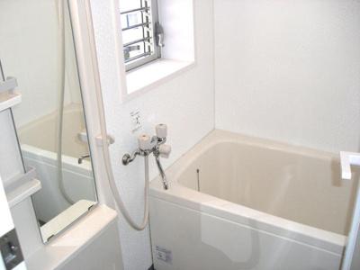 【浴室】ラ・ヴィスタ西新宿