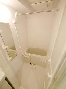雨の日のお洗濯にも便利な浴室乾燥機能付(同一仕様)