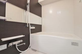 新品の浴室ユニットバスです♪一日の疲れを癒してくれます!