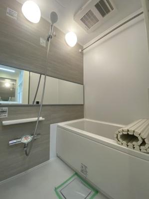 ユニットバス新規交換 追焚機能・浴室乾燥機付き