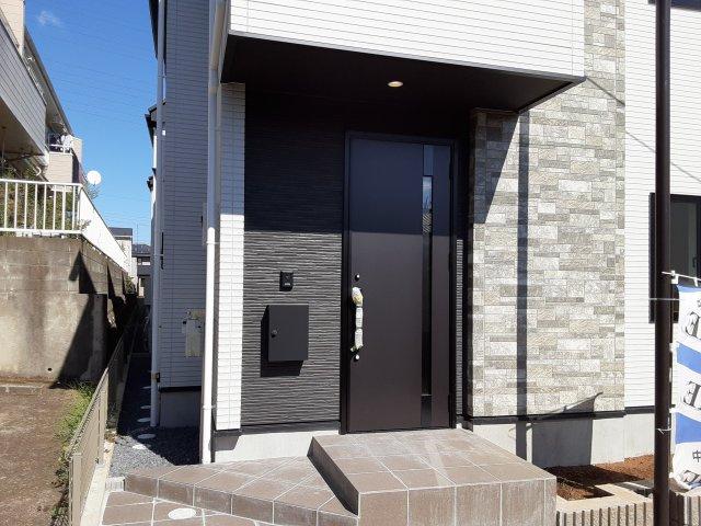 【外観】●当社は新築一戸建の仲介手数料 無料です● 新築一戸建て 全2棟 鷺沼台3丁目 3SSLDKの収納豊富な間取り,仕様と設備充実の家!