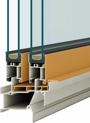 Low-E加工の複層ガラスを採用。断熱効果が高まり快適性アップ。結露を抑えたり遮音にも効果的です。