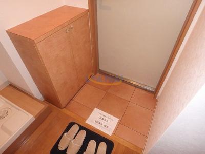 【玄関】モダナーク