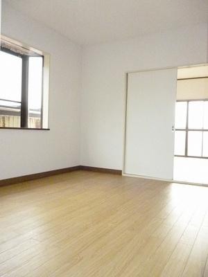 広めの洋室