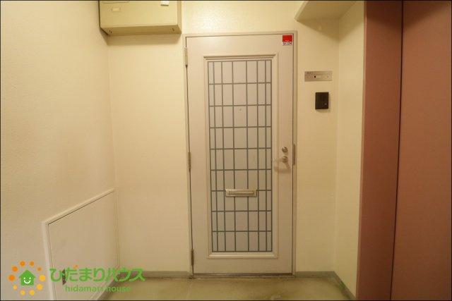 オシャレなデザインのドア♪