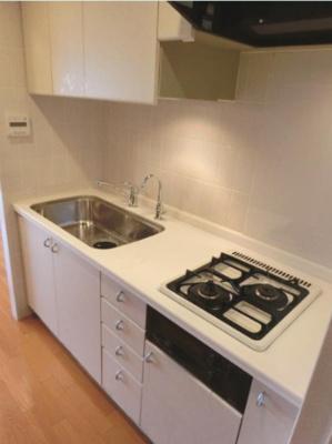 【キッチン】フリーディオ三宿 分譲 浴室乾燥機・追炊 独立洗面台