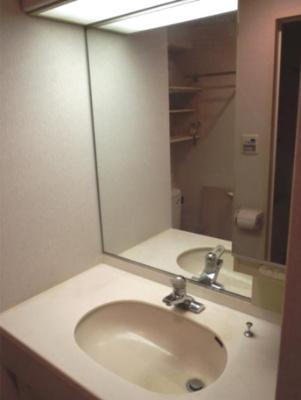 【独立洗面台】フリーディオ三宿 分譲 浴室乾燥機・追炊 独立洗面台