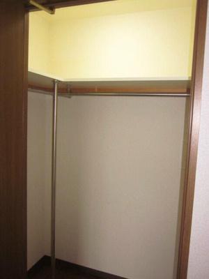 洋室6.6帖の収納です。