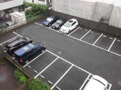 広々駐車場♪