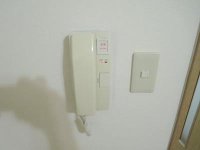 インターホン(写真は103号室使用)