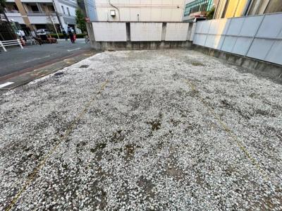 【前面道路含む現地写真】大阪市西区靭本町3丁目 売地