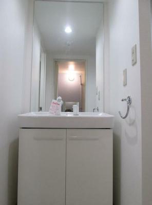 人気条件の独立洗面化粧台(同一仕様)