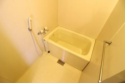 【浴室】ビアンコディモーラ