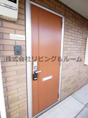 【玄関】サングリエ B棟