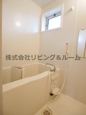 【浴室】サングリエ B棟