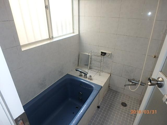 【浴室】満池谷貸家 東側