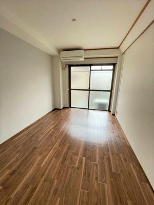 【居間・リビング】サクラハウス渋谷恵比寿アパート