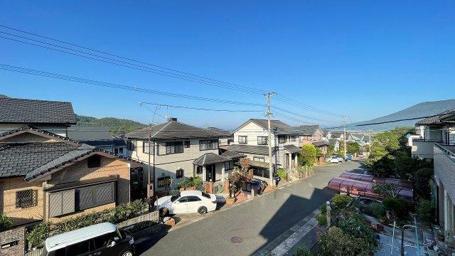 【前面道路含む現地写真】糸島市美咲が丘3丁目 戸建て