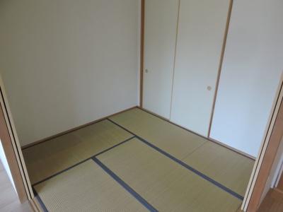 ※同物件別号室のお写真です。