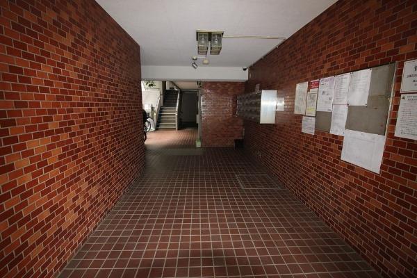 【ロビー】セザール赤塚公園