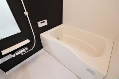浴室を新調し、ピカピカに生まれ変わりました(2021年8月完了)!1日の疲れを癒してくださいね♪