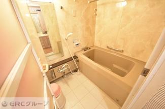 【浴室】ロワ・ヴェール岡本