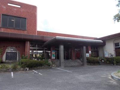 福山卸町センター簡易郵便局まで400m